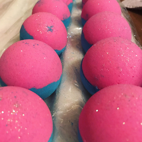 Sweet Tooth Bath Bomb