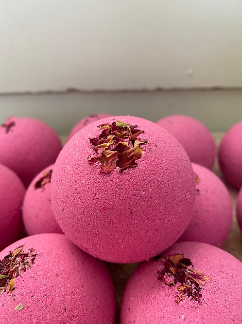 Pretty in Pink Bath Bomb