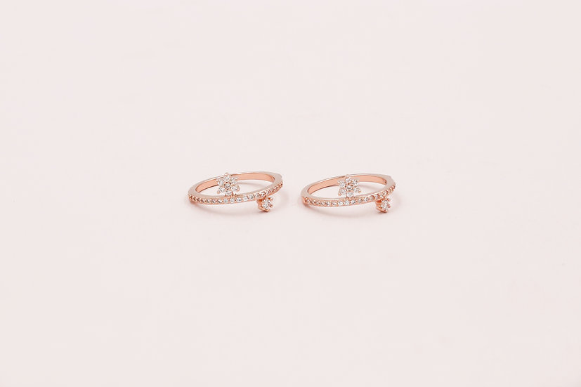 Jerome Star Ring in Rose Gold