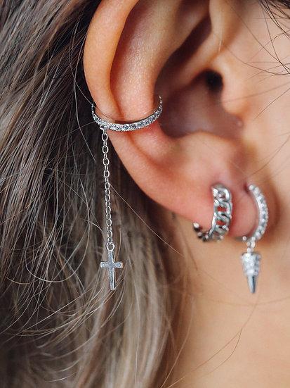 Earcuff with cross drop chain in Silver