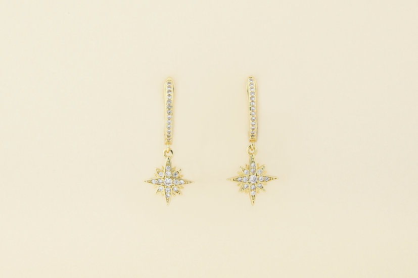 Mila Starburst Earrings in Gold