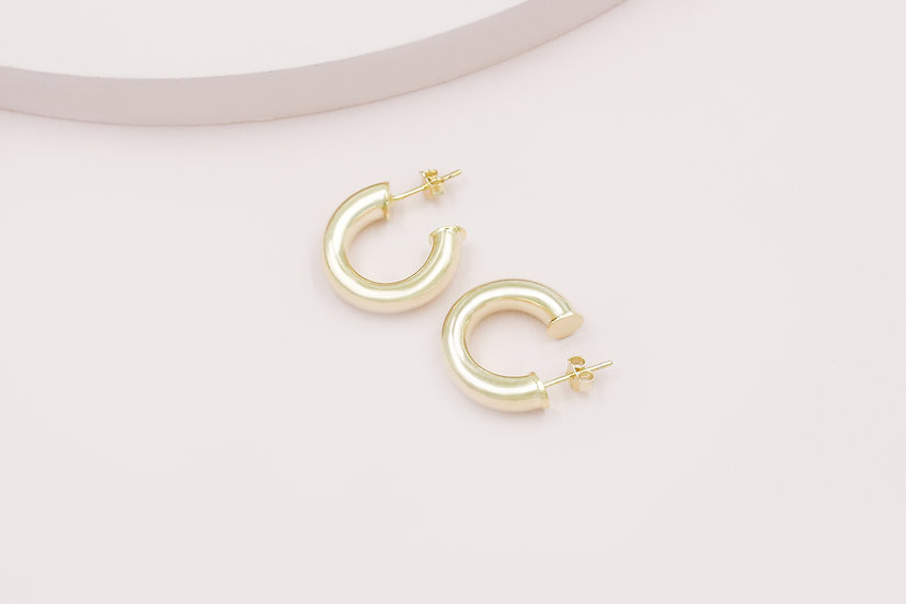 Rosa 20mm Hoops in Gold