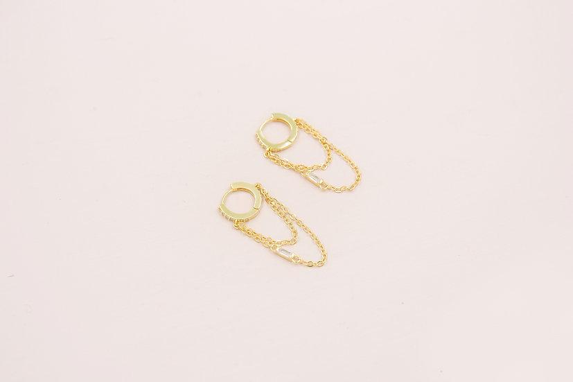 Aviana Baguette Chain Huggies in Gold