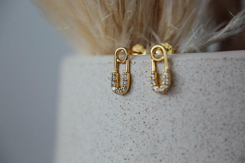Paperclip Stud Earrings in Gold