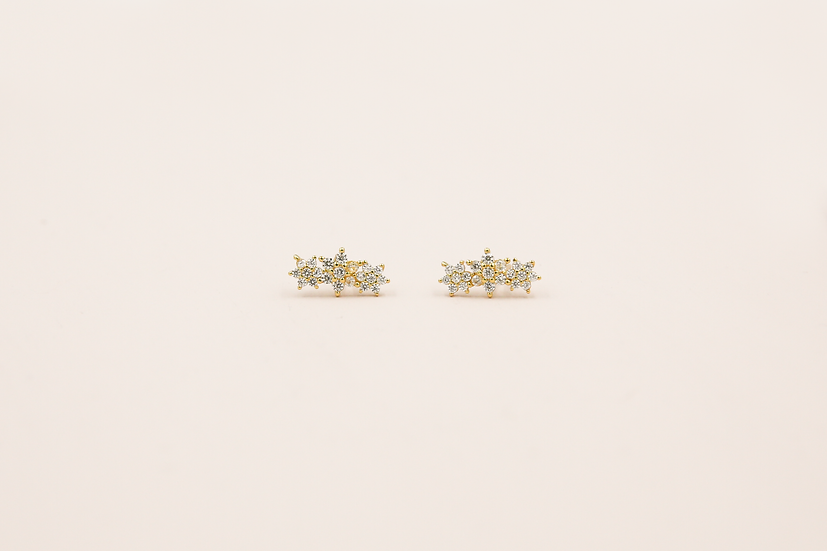 Aralyn Three Flowers Studs in Gold