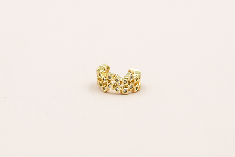 Etta Earcuff in Gold