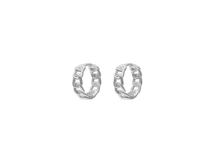 Vena Chain Hoops in Silver