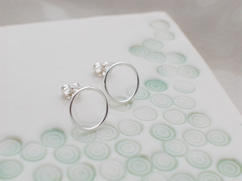 Lovely Pee 12mm 1 2cm Or Just Under 2 Sterling Silver Open Circle Stud Earrings With Erfly Backs