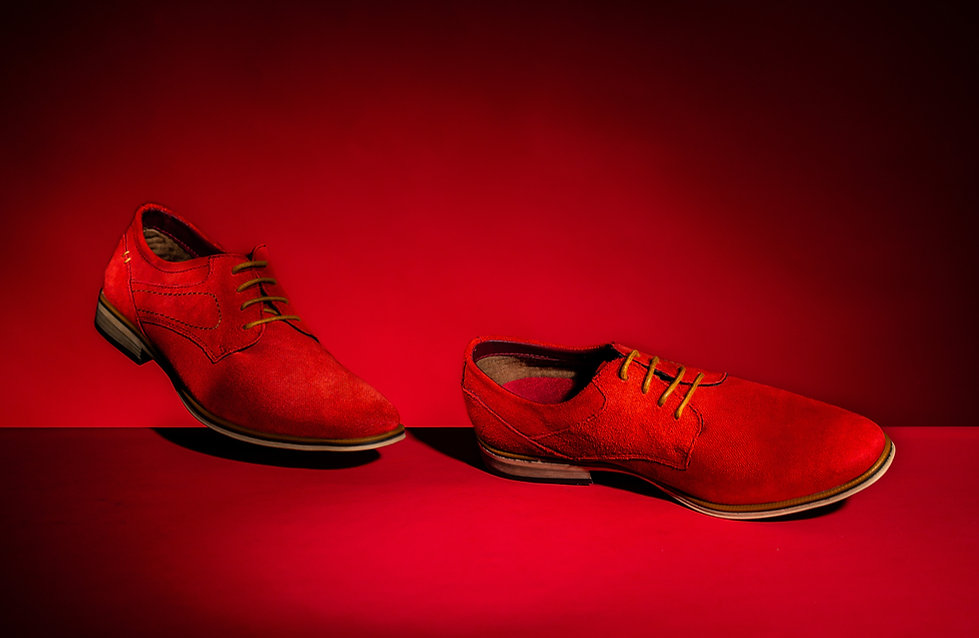 RED SHOES_.JPG