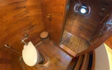 D2_Below Deck_Standard Cabins_Bath_02.jp