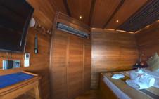 D2_Bridge Deck_Standard Cabin 7_04.jpg