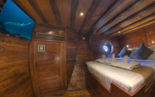 D2_Below Deck_Standard Cabin 3_01.jpg