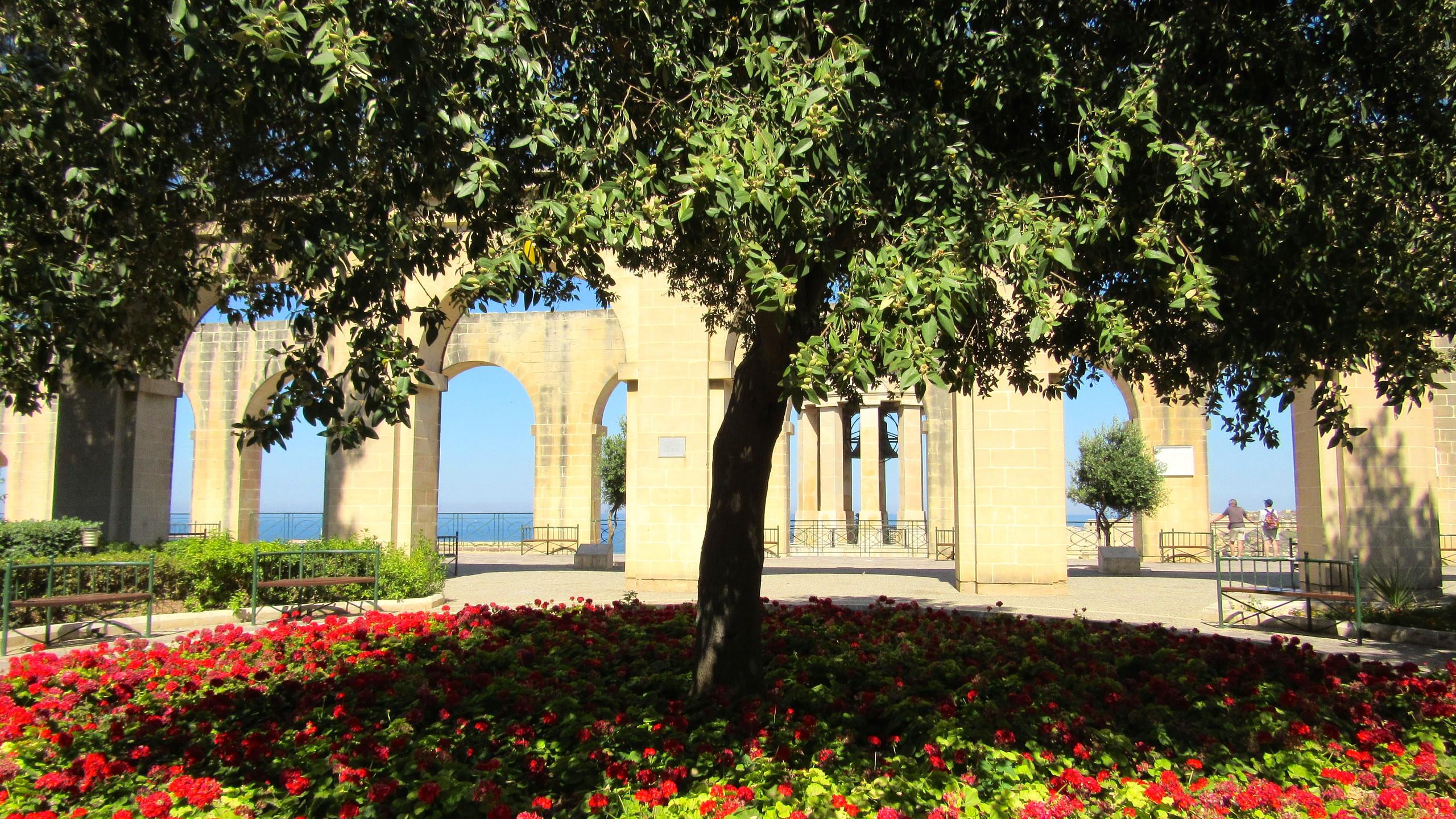 Lower Barracca Gardens