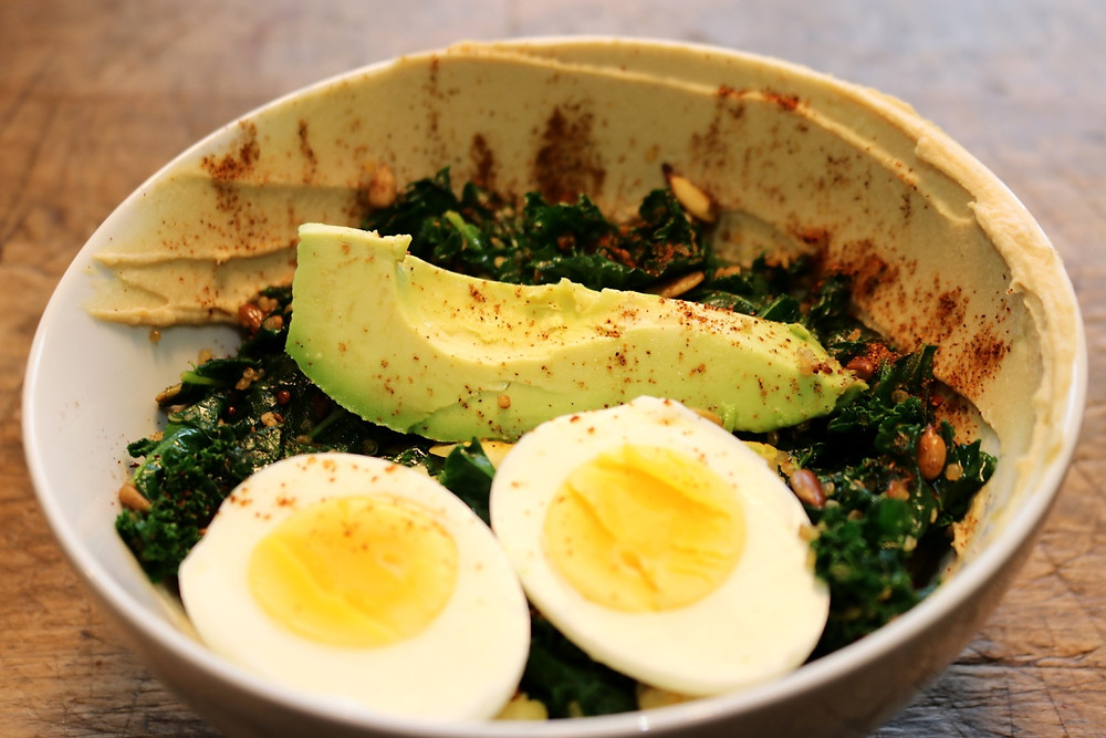 Toasted Kale and Quinoa Bowl