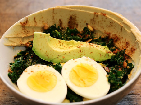 Toasted Kale and Quinoa Bowl
