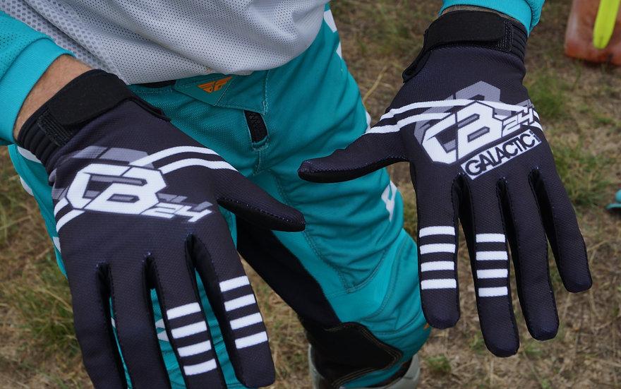 CB24 Signature Finger Socks