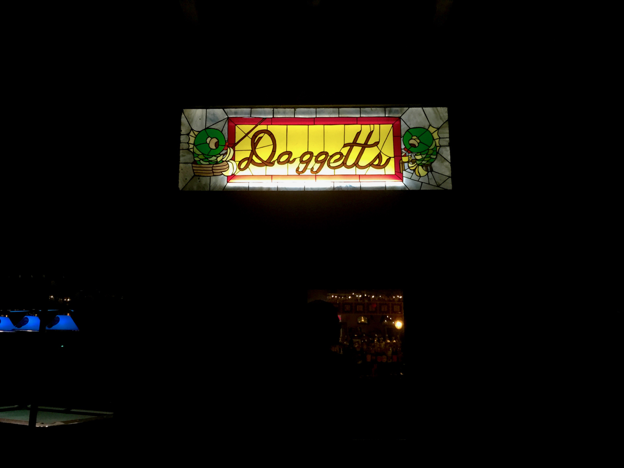 Daggett's Resort Lodge Sign