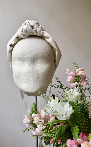 Bridal Knot in Vintage Silk with Beading