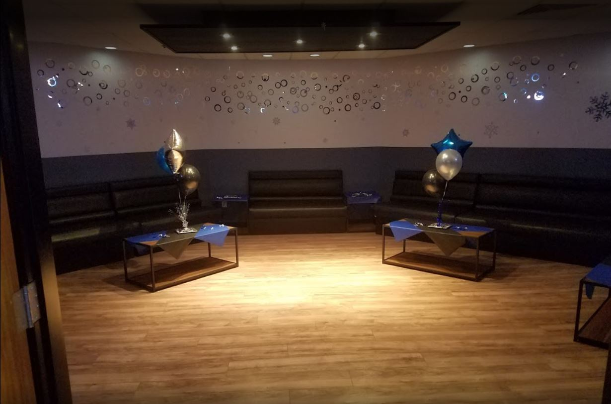Sponsor Show Case room