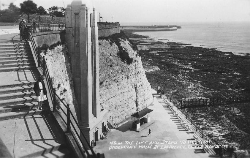 West Cliff Edwardian Lift