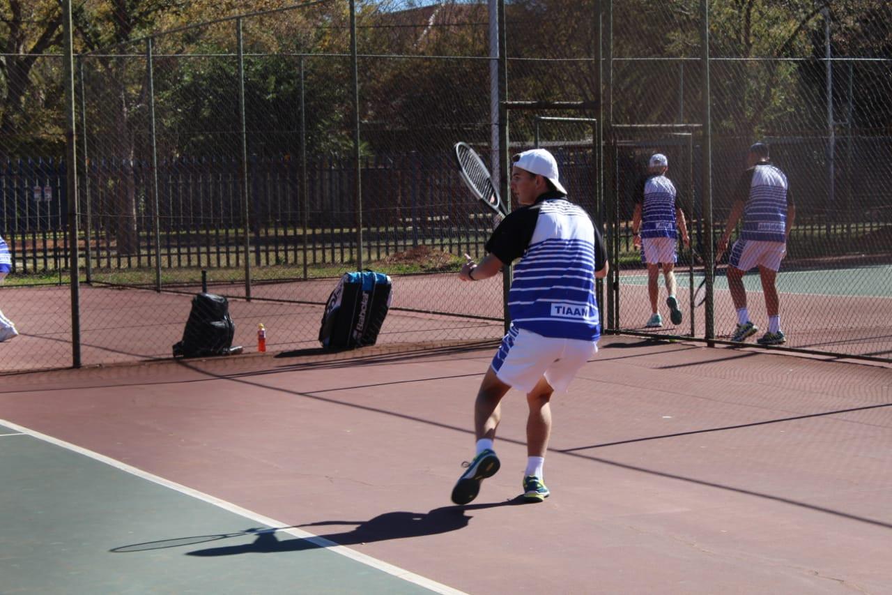 Tennis 10.jpg