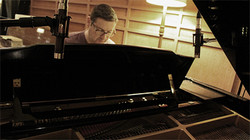 Shane Abbott on pianoforte