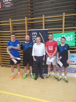 Les Vainqueurs du tournoi en photo :)