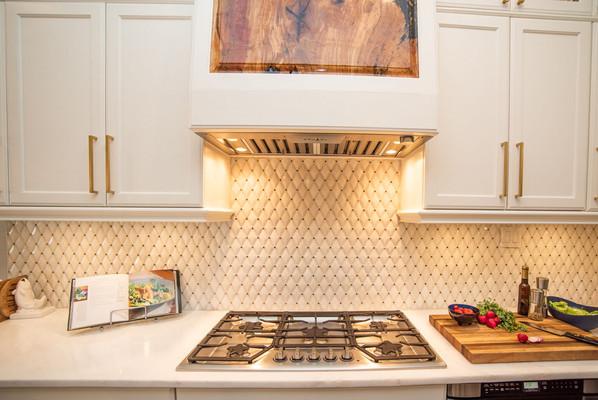 Kitchen Cabinets/Vent Hood
