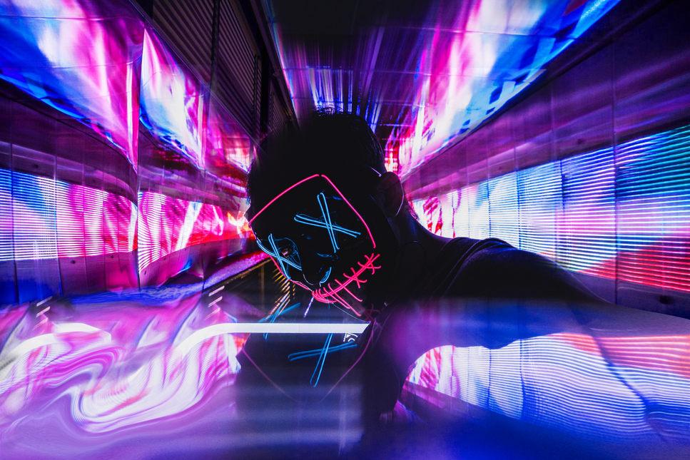 neon-disco-light-stage-nightclub-52788.j