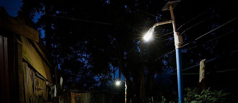 poste_solar_litro_de_luz.jpg