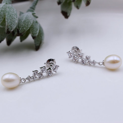 Silver Drop Earrings set Cubic Zirconias and Freshwater Pearls