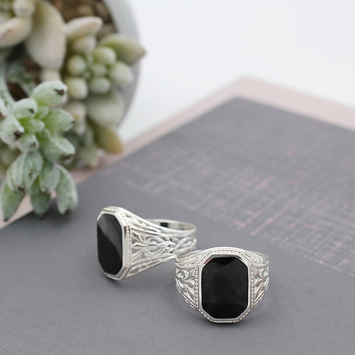 Sterling Silver Jet stone cut-off rectangle shape Ring
