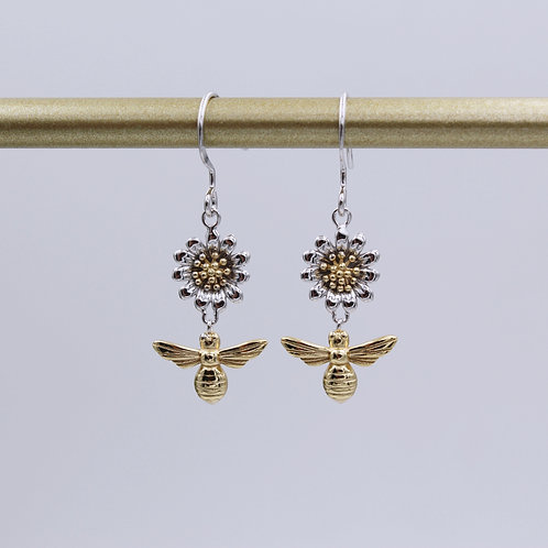 Bee & Daisy Flower Earrings in Sterling Silver and Yellow Gold plate