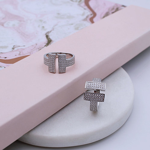 Sterling Silver T Bar cubic zirconia Ring