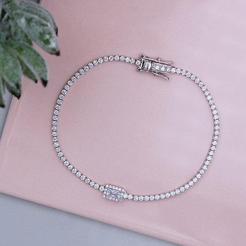 Silver Stone Set Sparkling Tennis Bracelet