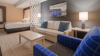 larger suite 2.jpg