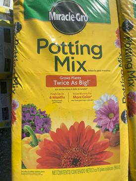 Miracle Grow Potting Mix
