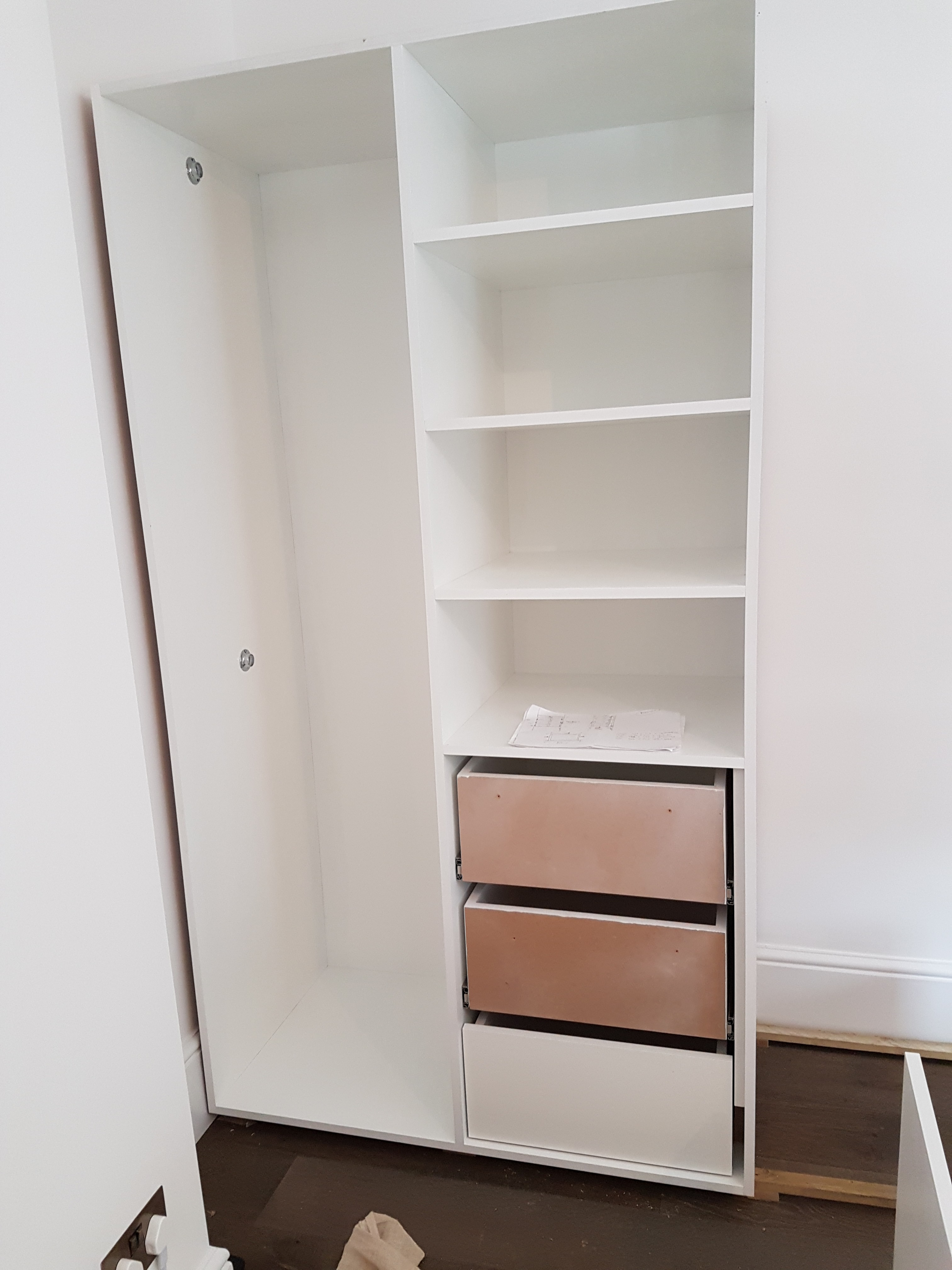 FEATURE FOUR PANELLED WARDROBE 12