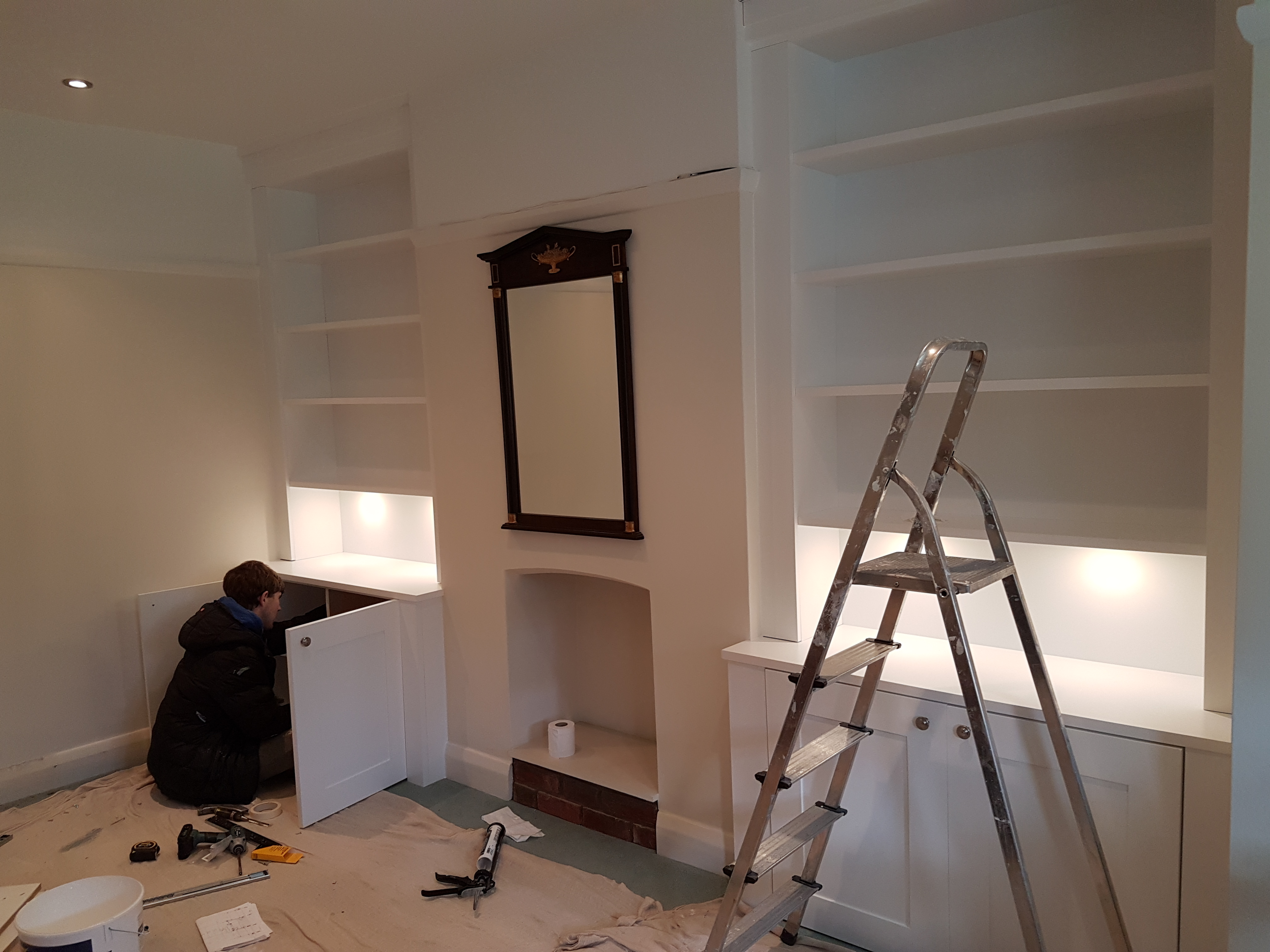 SPRAY FINISHED ALCOVE CABINETS 4