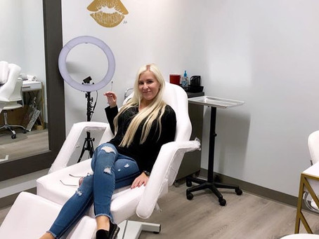 Nurse Lauren's story on breaking into the field and becoming a Nurse Injector (2019)