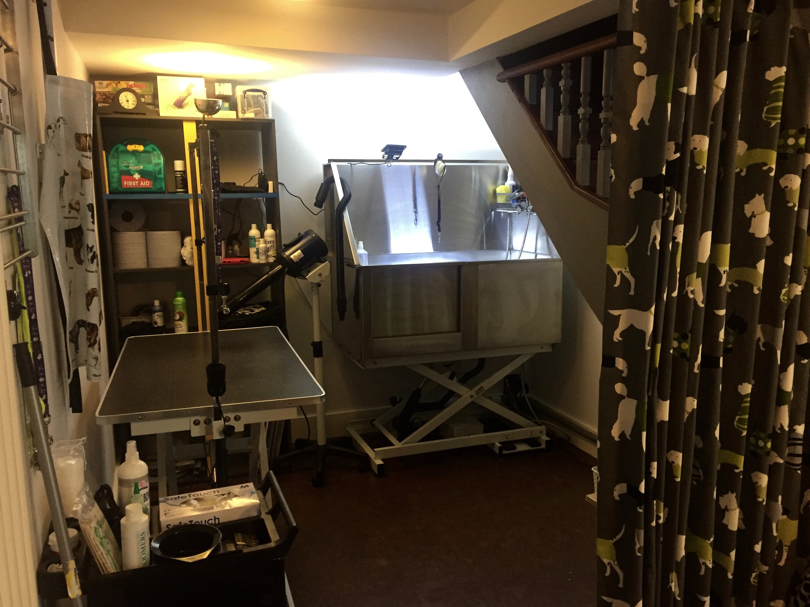 Priory Bark Dog Groomers Crouch End
