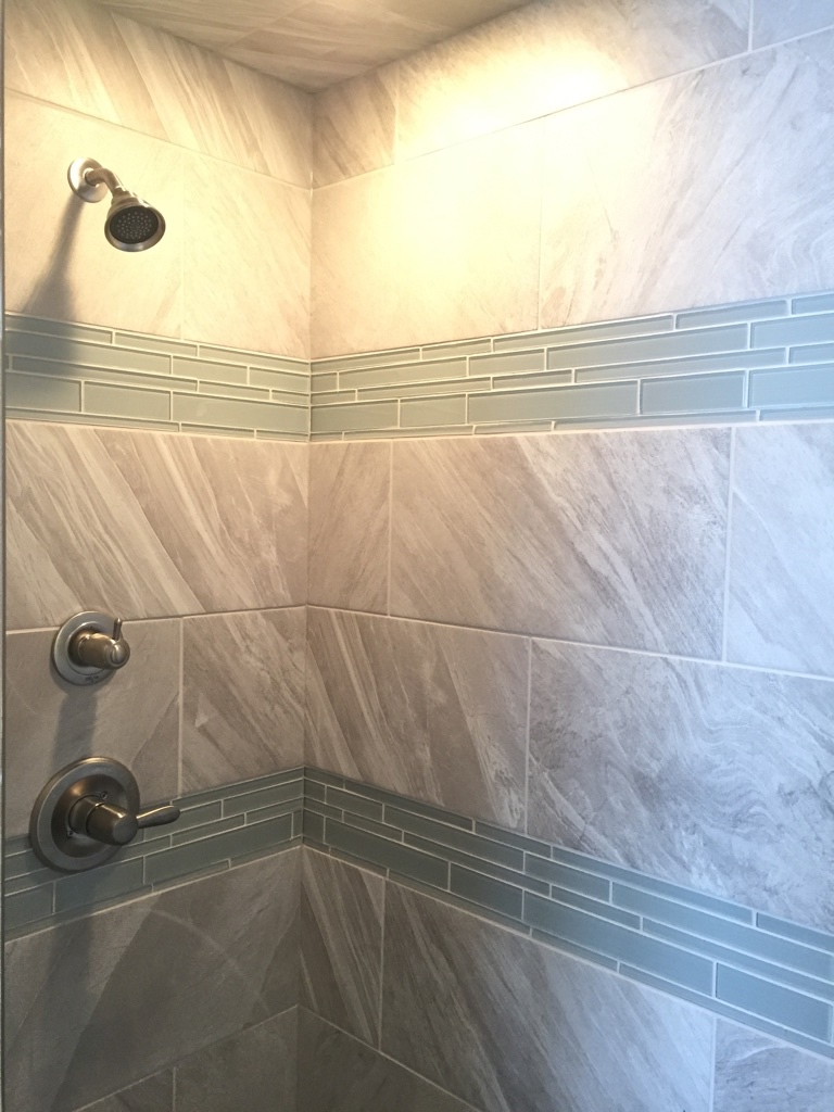 Master En Suite Tiled Shower