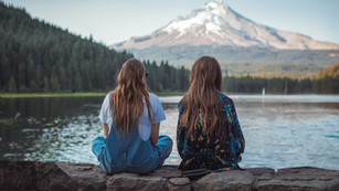 5 Bible Verses to Celebrate Friendship Day
