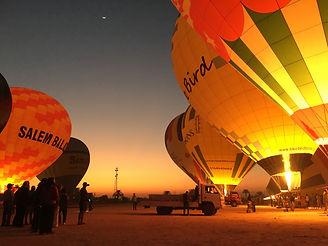 BallonoverLuxor.JPG