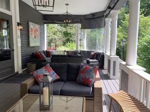 Award winning Hillhurst deck patio