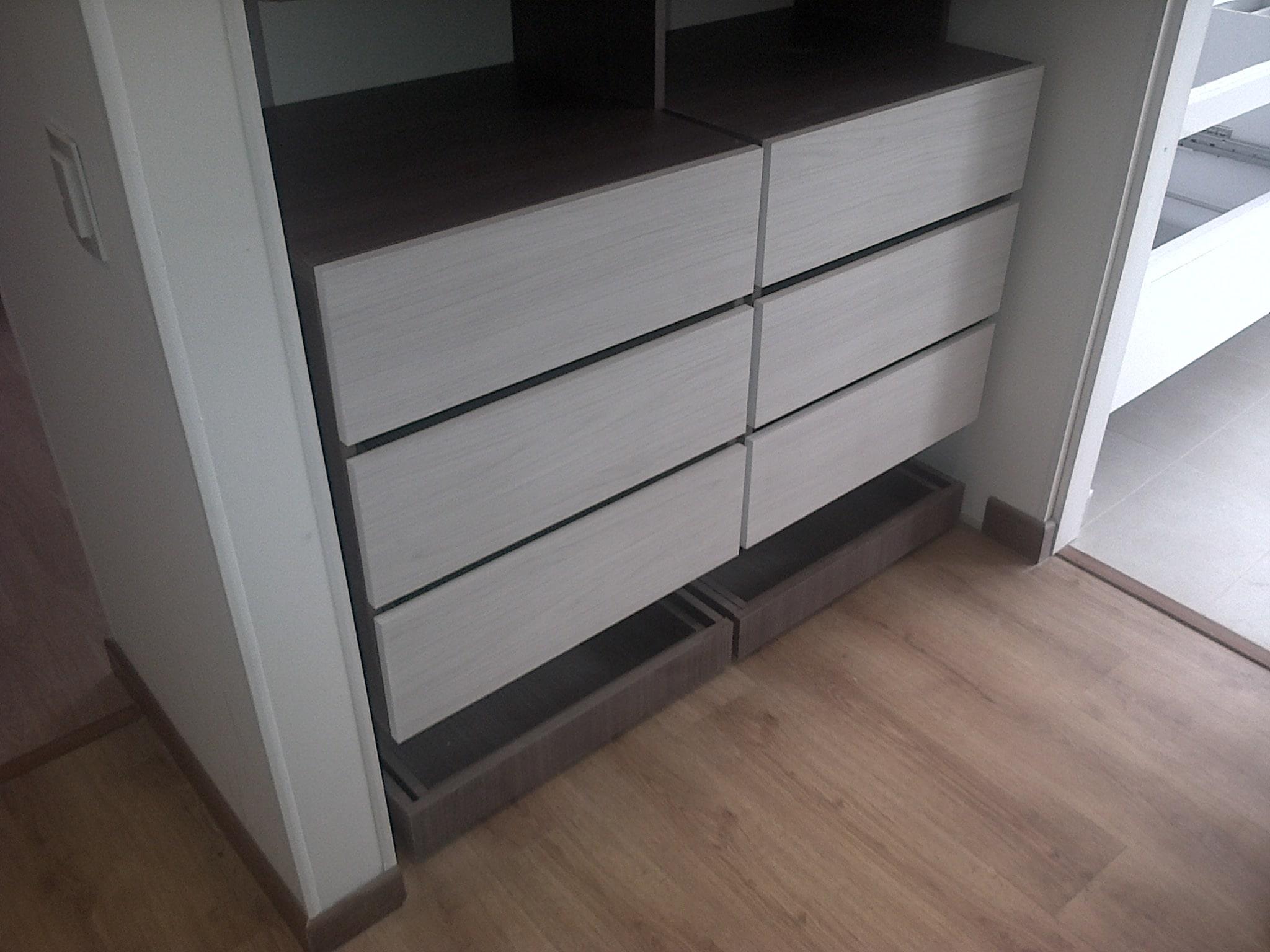 Closet zapatero