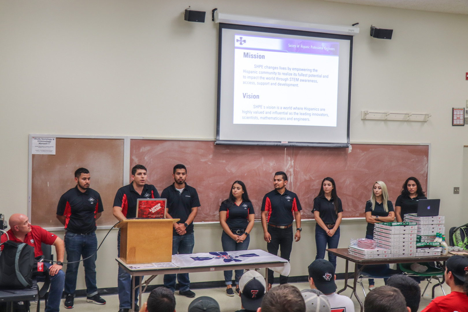 SHPE 1st General Meeting (17 of 35).jpg