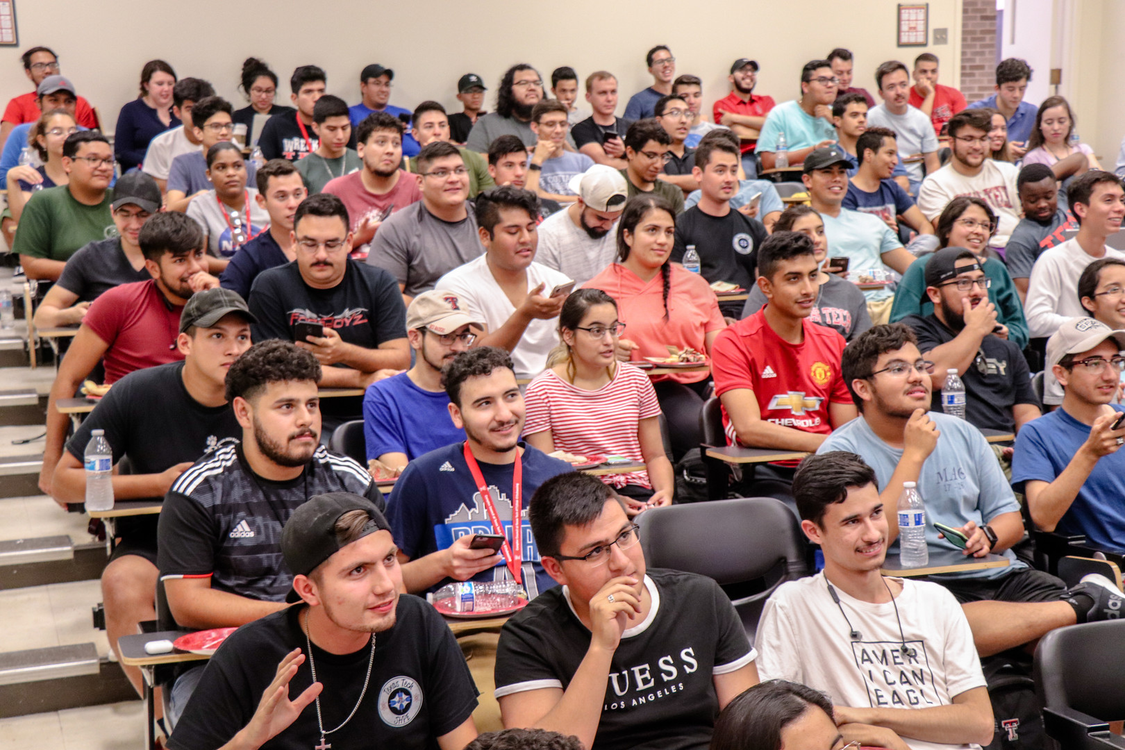 SHPE 1st General Meeting (10 of 35).jpg