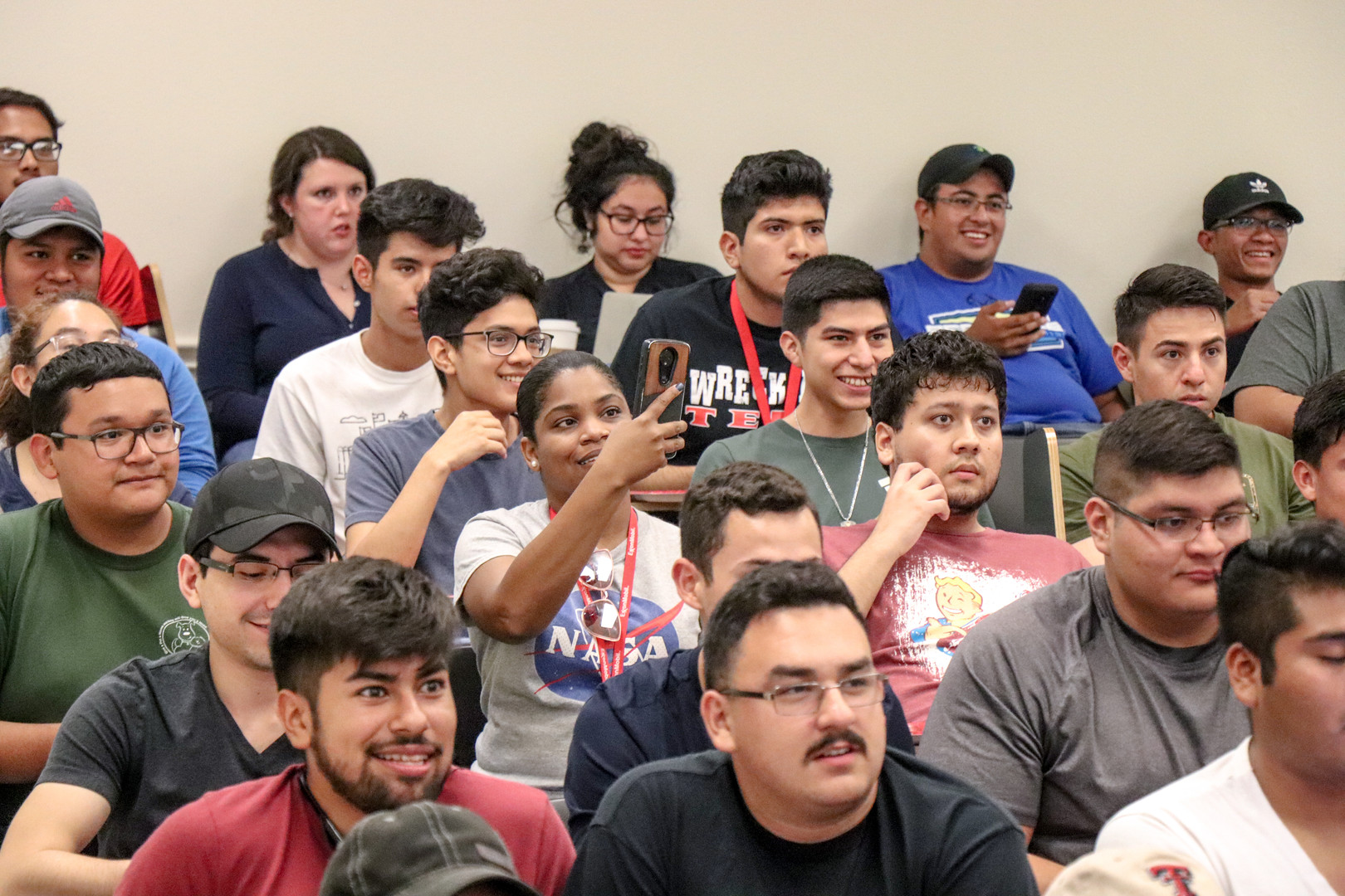 SHPE 1st General Meeting (5 of 35).jpg