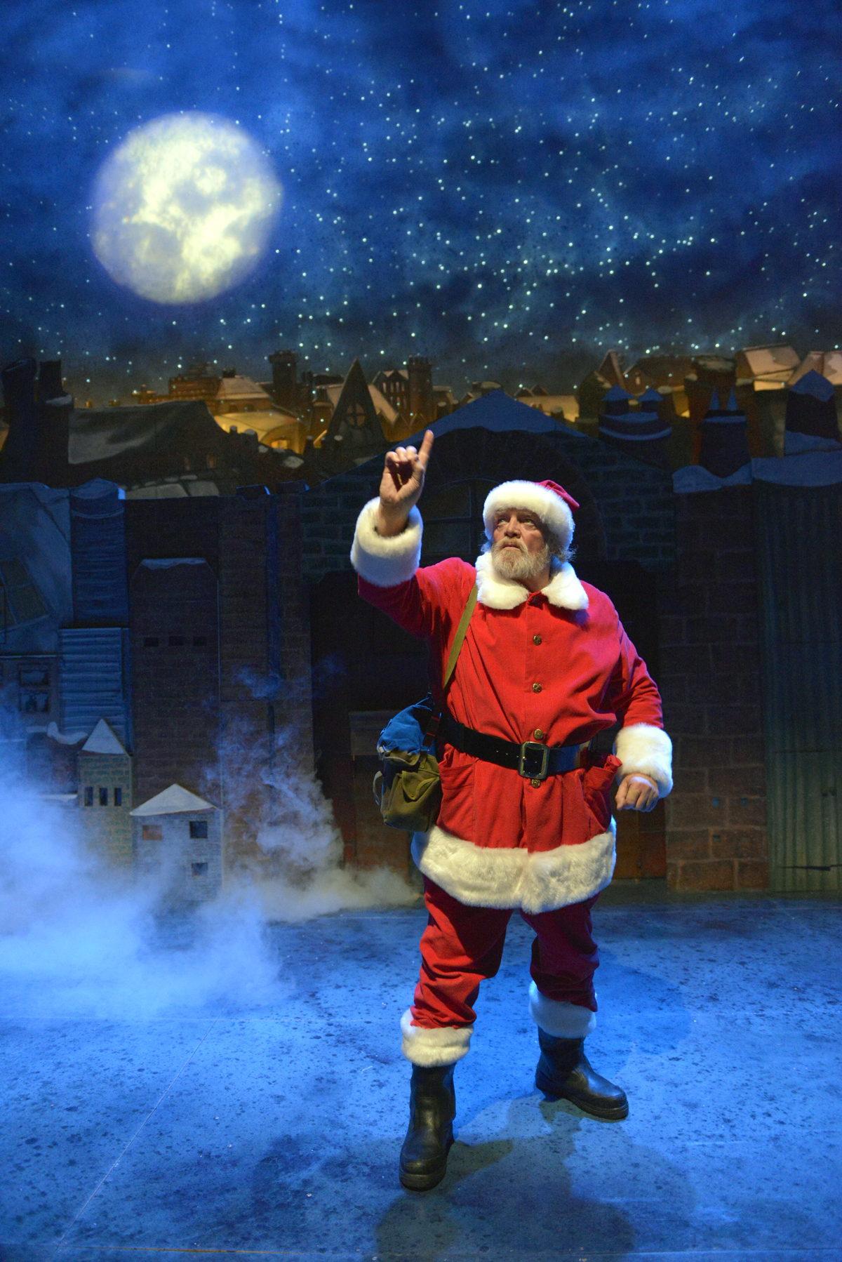 Raymond Briggs Father Christmas theatre show